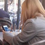 La adicción al móvil. Foto Consuelo Tomás. 27-04-2015. Tratamientospsicológicos. Psicologosvalencia